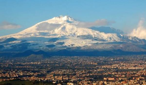 Visitare l'Entroterra Siciliano: Tour dei Paesi Etnei